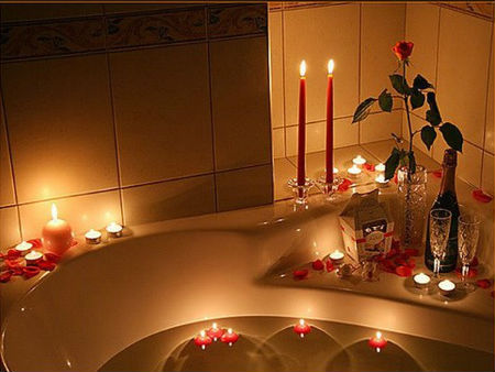 свечи в ванной