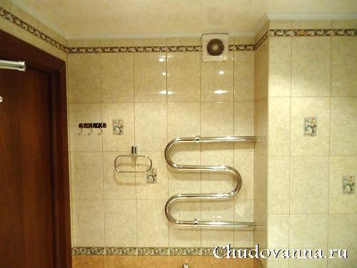 климат в ванной комнате: змеевик и вытяжка