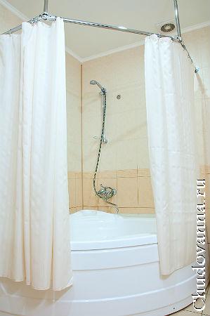 штанга для шторки в ванной