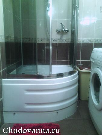 standartnyj-sovmeshhennyj-sanuzel-s-dushevoj-kabinoj-9