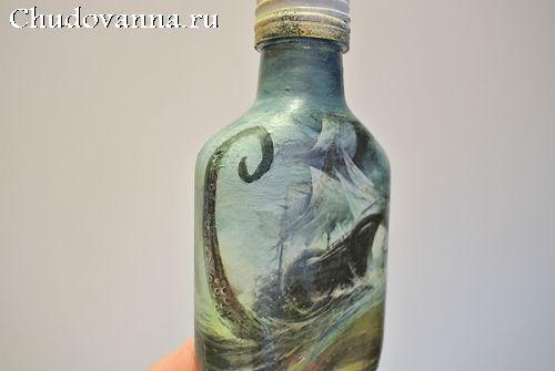 dekor-dlya-vannoj-komnaty-v-morskom-stile-7