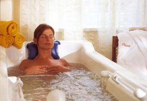 При псориазе принимать ванну с морской солью фото
