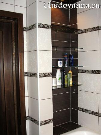 стеклянные полочки в ванной