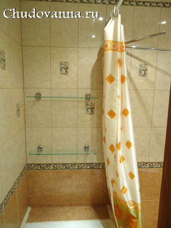 полочки и шторка для ванной