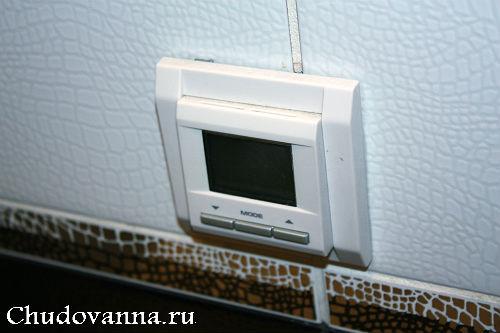 vannaya-komnata-v-cherno-belom-cvetovom-reshenii-3