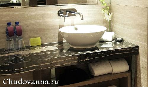 Раковина-столешница на ванну столешница из искусственного камня цвкта