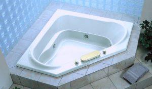 отделка угловой ванны фото