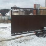 Откатные ворота из металлопрофиля